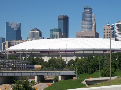 metrodome_with_new_roof